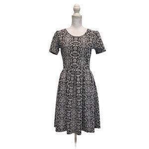 LULAROE Black & White Amelia Medium Pleated Dress